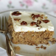 Hummingbird Cake mit Cream Cheese Frosting