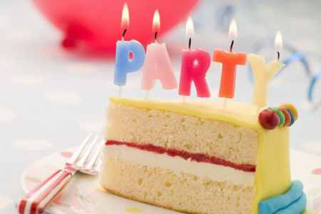 How to save money on a kids' birthday party at home