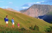 hiking-family