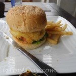 Relaxing Ubud Potatoe Burger