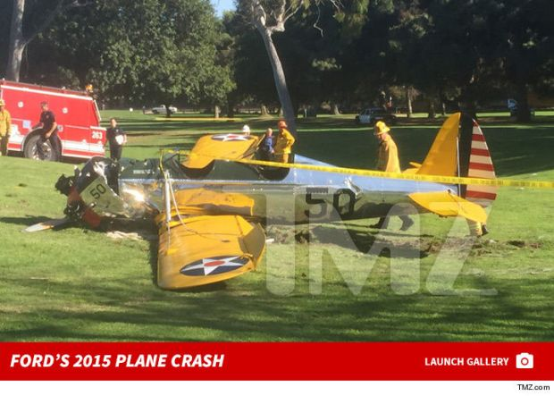 0216-harrison-ford-2015-plane-crash-photos-footer