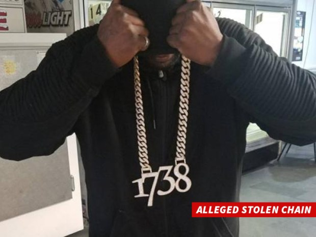 0327-fetty-wap-alleged-stolen-chain-twitter-01