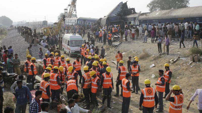 At least 115 killed as train derails in India