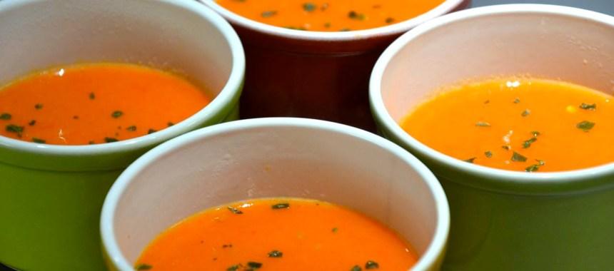 Soupe aux poivrons rouges, tomates et poires…