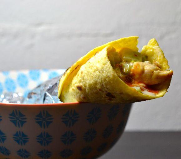 Tortilla au poulet, tzatziki au fromage bleu