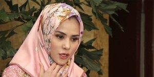 Angel Lelga Diberikan Hidayah Mengenakan Hijab