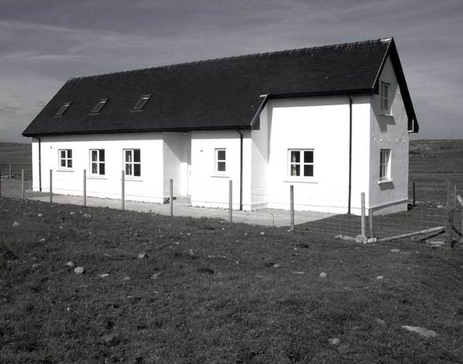 Lonban Cottage, Isle of Coll self catering accommodation