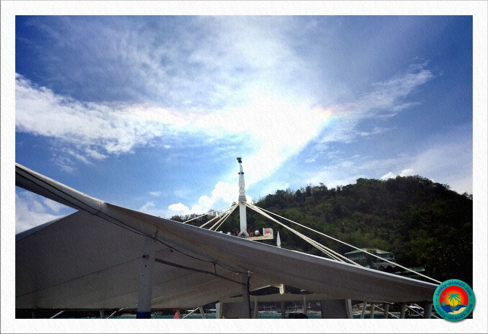 Regenbogen über Apo Island