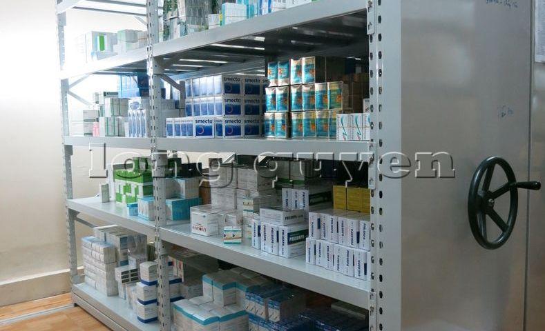 Giá kệ dược phẩm kệ để thuốc Mobile Shelving bệnh viện Hồng Ngọc (11)