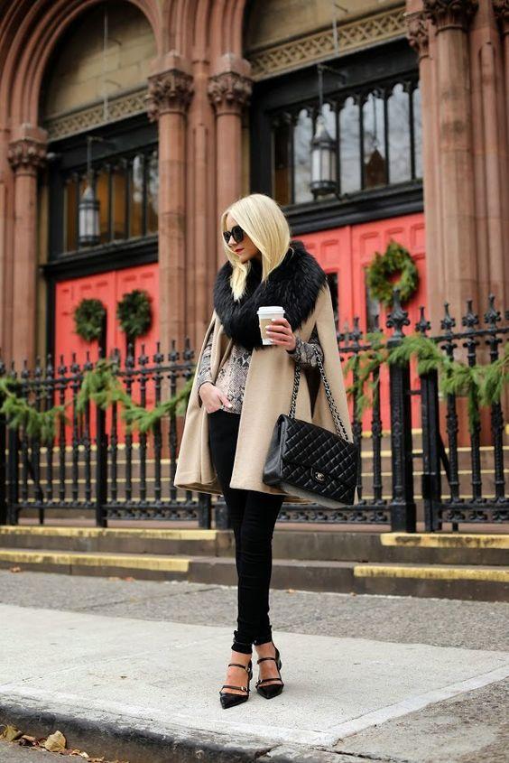женское кашемировое пальто без рукавов с меховым воротником фото