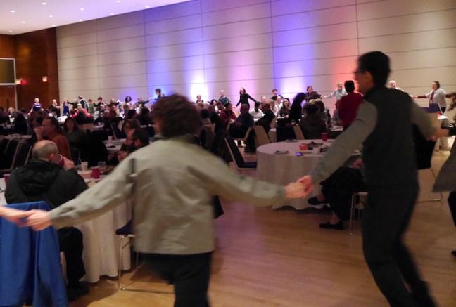 L69-013016-dancing