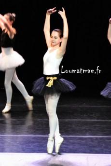Louane danseuse sur pointe