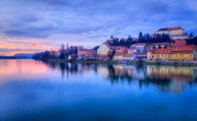 Source: Samotrebizan/can stock photos/Ptuj Slovenia