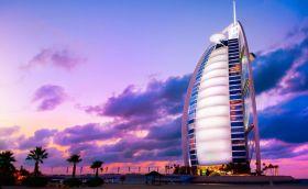 Credits: Dubai by subbotina/ can stock photo