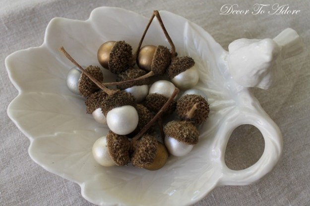 10 10 minute harvest crafts a small life for Diy acorn crafts