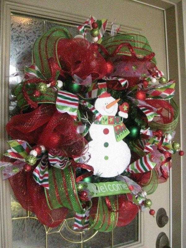 15 Christmas Wreath Ideas - Christmas Mesh Wreath