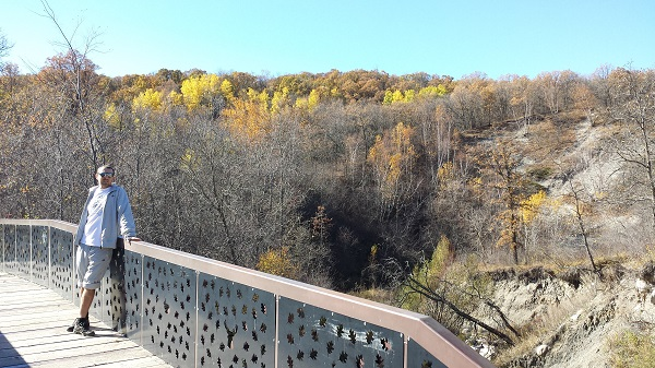 Pembina Valley Provincial Park in fall (10)