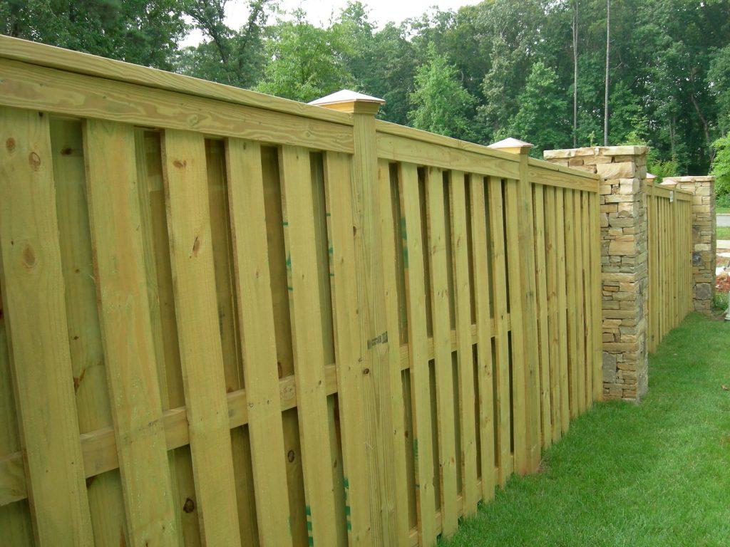 Famed Diy Backyard Fence Ideas Backyard Fence Diy Ideas Fencing Shadow Box Fence Designs Create A Look By Using Shadows To Createmore Depth When Fence Styles outdoor Diy Backyard Fence
