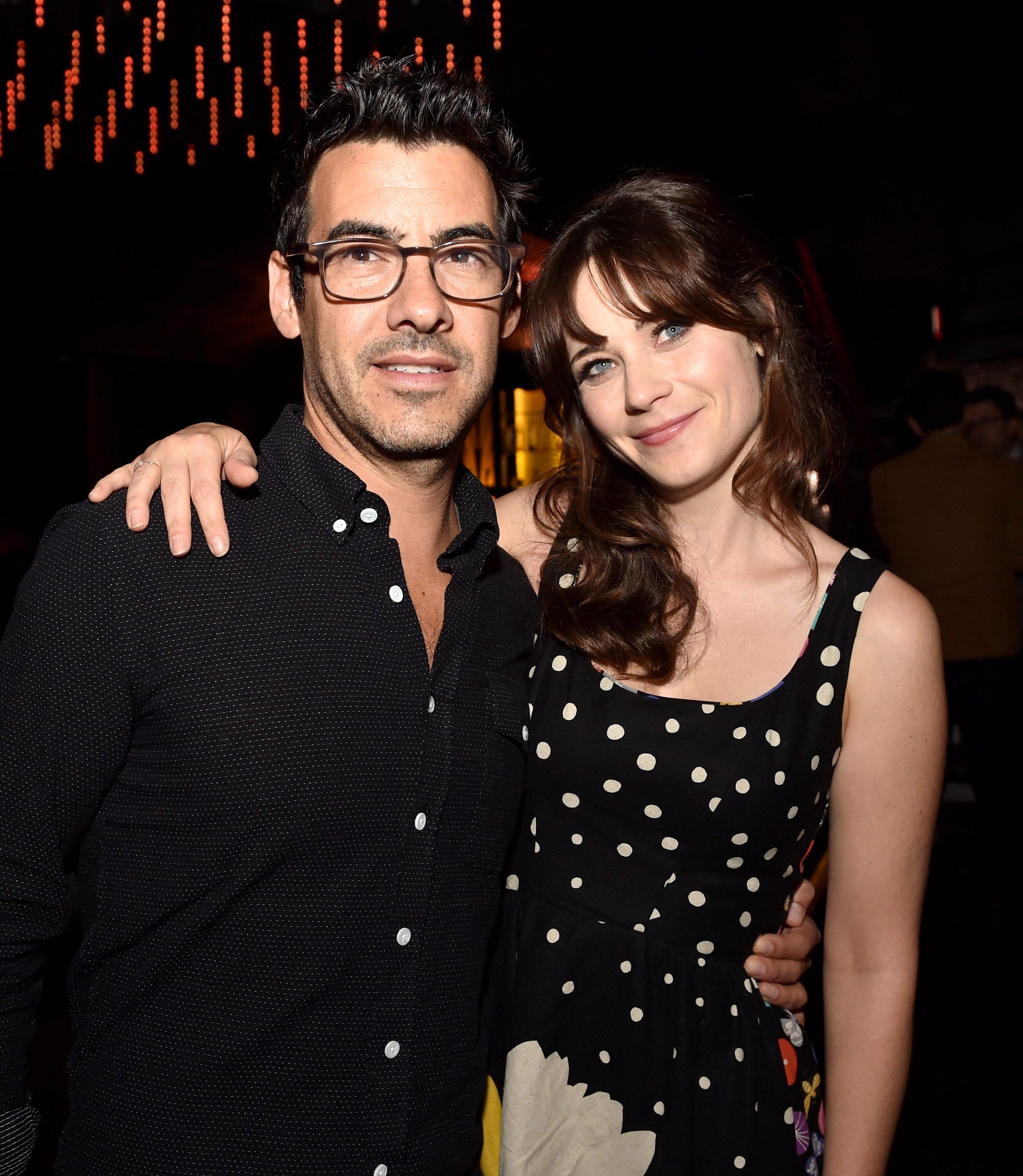 Enamour Zooey Husband Is Her Husband Same Biz As His New Wife What Does Jacob Pechenik Zooey Husband Is Zooey Deschanel Husband Pics Zooey Deschanel nice food Zooey Deschanel Husband