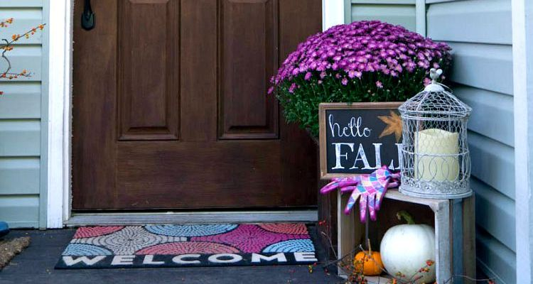 Fall Decor Front Porch