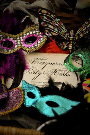 Samantha Peach ~ Masquerade Mask Magic! (Weddings )