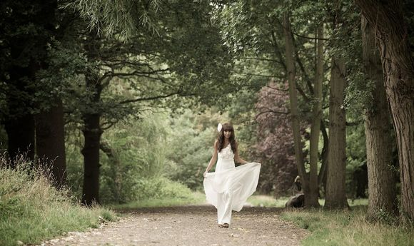 A Love Your Dress Photoshoot - Exclusive Reader Discount... (Weddings )