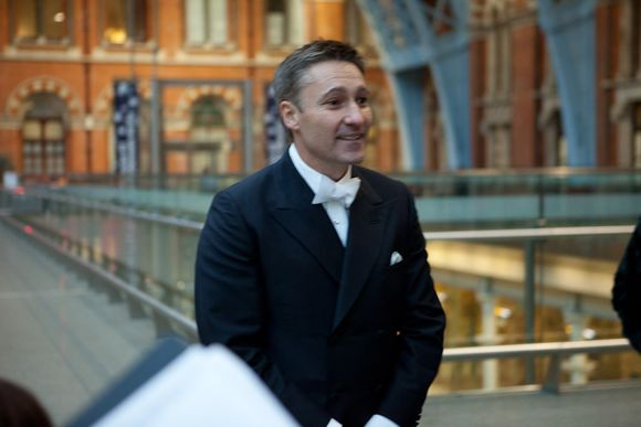 A Black Tie, Art Deco Inspired Wedding at St Pancras Station... (Weddings )