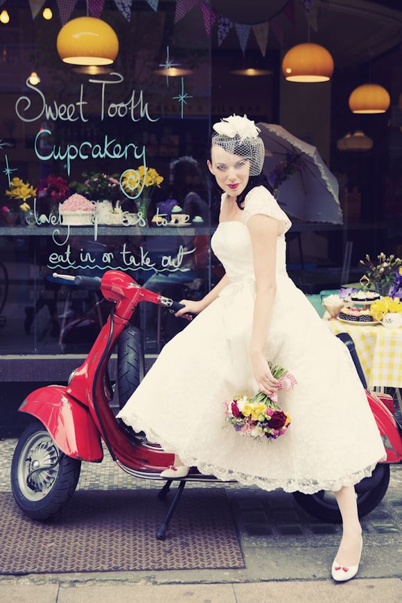 Vintage Vespa and Colourful Cupcakes ~ 1950's Inspired Bridal Glamour... (Styled Shoots )