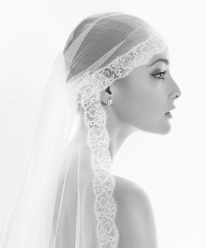 Kate Moss's Wedding Veil ~ The Juliet Cap & Lace Cap Style... ()