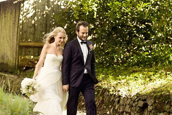 A Monique Lhuillier Wedding Dress for a Fun, Relaxed Outdoor Wedding in Devon... (Weddings )