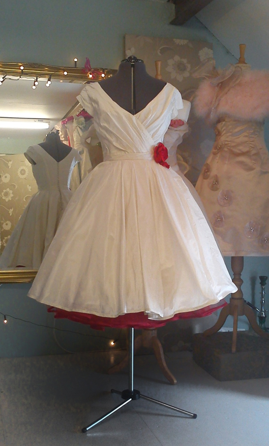 Time For Tea ~ Tea Length Wedding Dresses by Independent ...