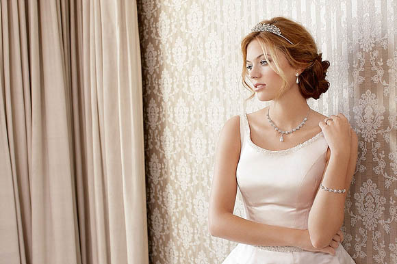 Classic and elegant sparkly wedding accessories from the Alan Hannah Devoted Collection for Jon Richard