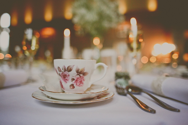 Pretty Little Tea Cups and Gypsophila For a Vintage Tea Party Style Wedding (Weddings )