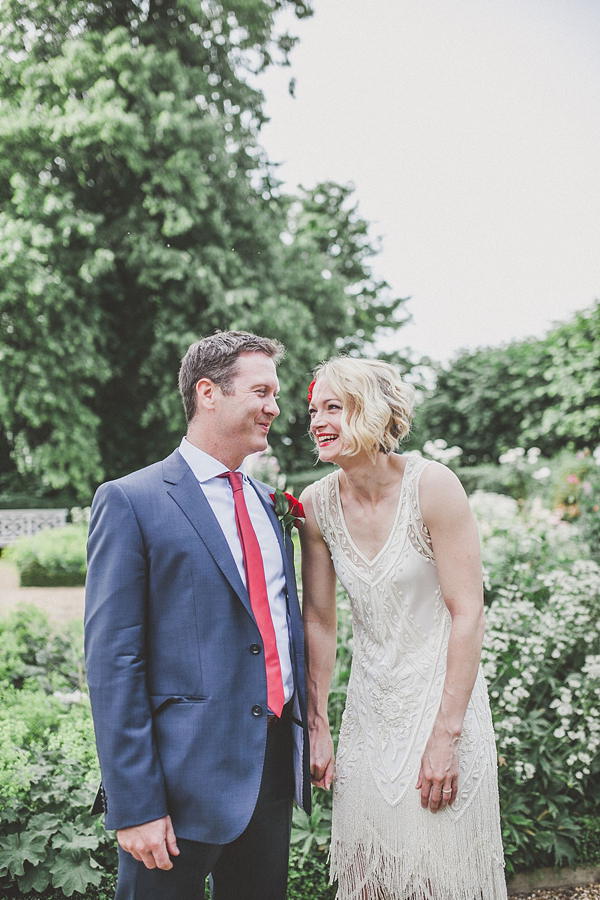 1920s jazz inspired wedding, vintage flapper girl wedding dress, Elizabeth Avey vintage wedding dresses, Jordanna Marston Photography