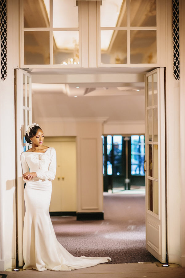 Luxury and Glamorous Winter Wedding Style At The Savoy Hotel, London (Styled Shoots )