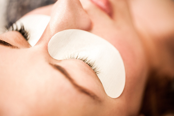 Semi Permanent Lash Extensions by Boudoir Lashes, boudoirlashes.co.uk