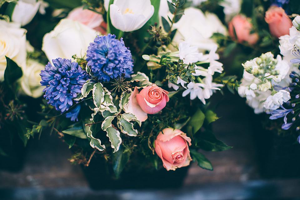 A Fabulously Fun, Friendship Inspired Wedding (Weddings )