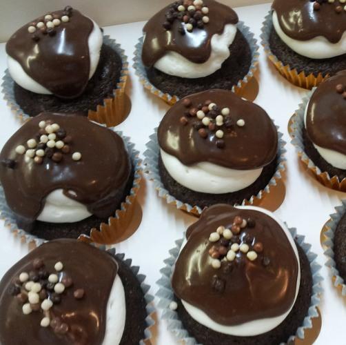 loven cake � handmade bespoke celebration cakes