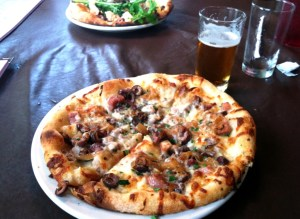 pizza n' beer