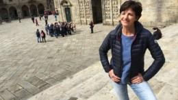 Martine van Os is al 6 jaar de presentatrice van 'We zijn er bijna'.