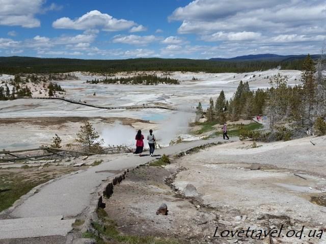 norris-geyser-basin-6
