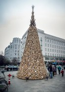 Christmas-tree-without-the-glitter-by-Hello-Wood_dezeen_468_7