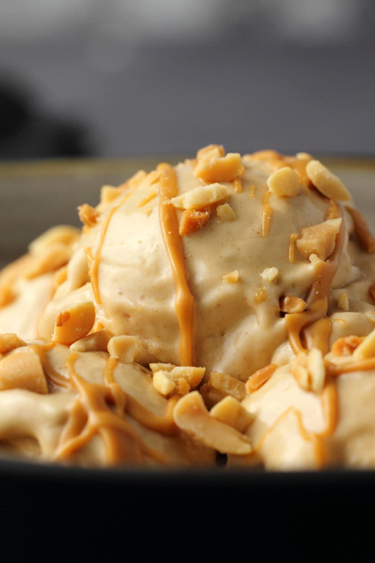 Fullsize Of Ice Cream In A Bowl