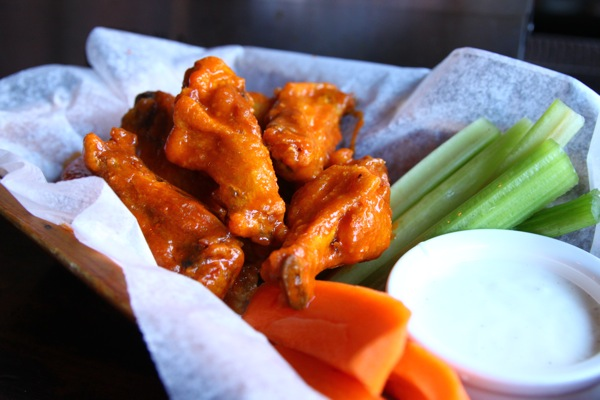 Easy Super Bowl Recipe Buffalo Wings