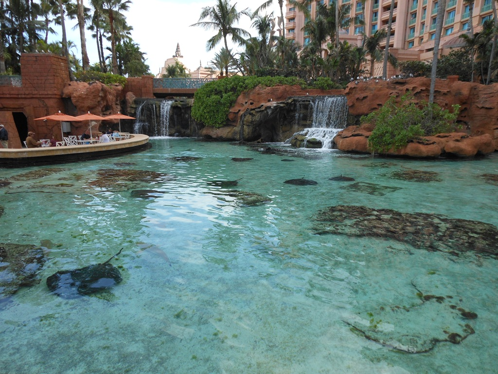 Atlantis resort aquaventure water park bahamas for Atlantis pools