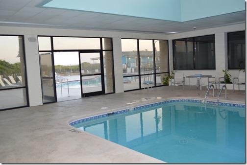 DoubleTree indoor pool