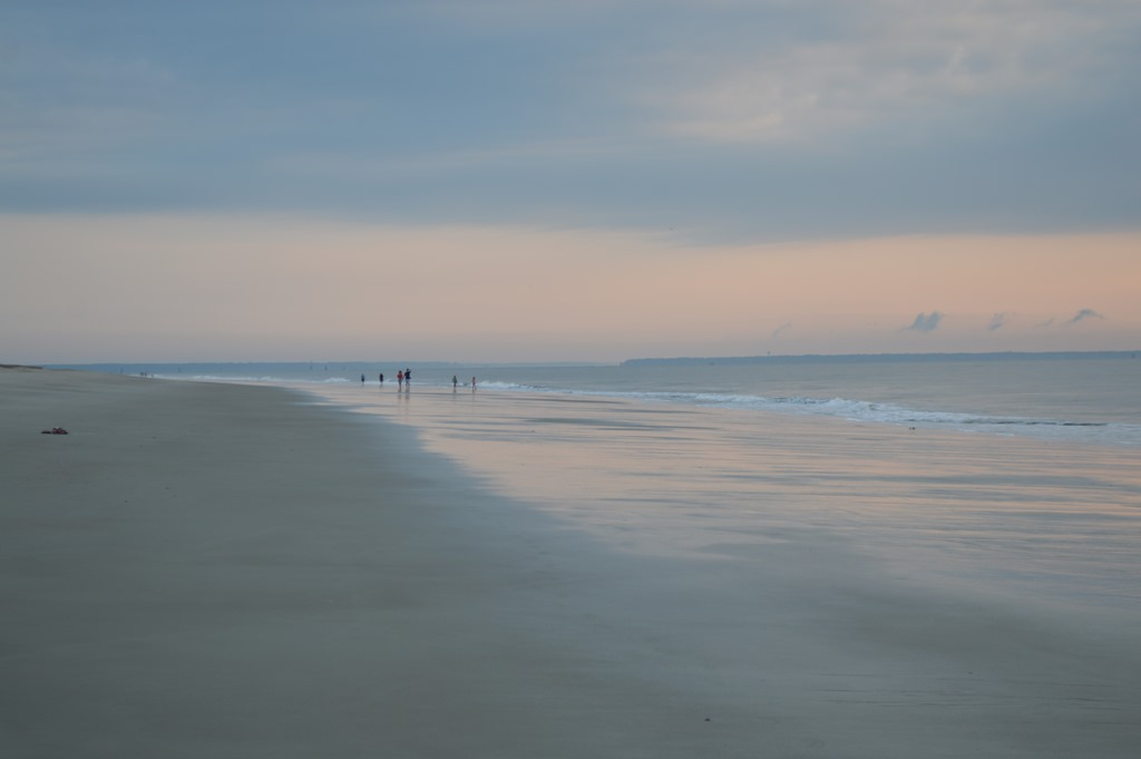 It 39 s tybee time on savannah gerogia 39 s beach island for Hilton head surf fishing