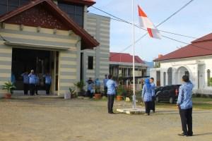Upacara Bendera di LPMP Provinsi Aceh