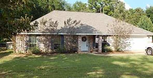 MLS 2160699Front_featured