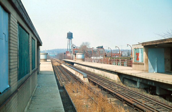 Woodhaven-Jct-station_4-1965